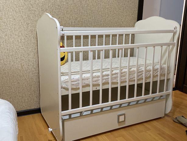 Манеж новый для младенца