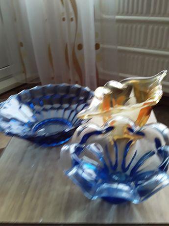 Продам вазочки стеклянные цветные