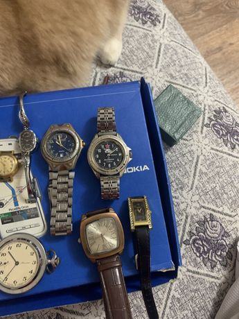 Продам часы разные