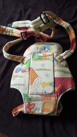 Раничка-кенгуро за бебе над 3 месеца