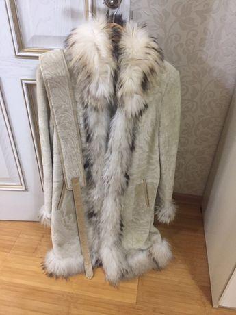 Продаю шубу 44-46 размера, с ремнем, стрижанная овчина, торг