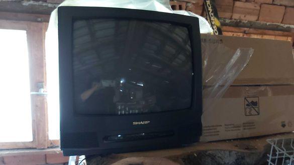 Продавам телевизор Шарп
