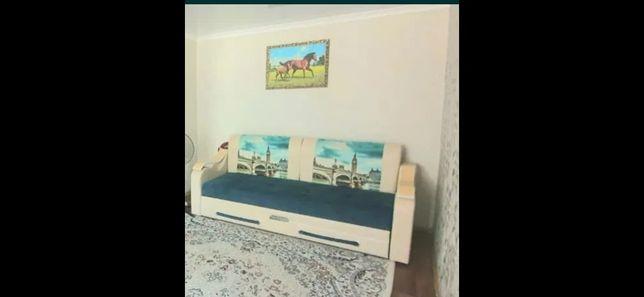 Продам диваны отличном состоянии, раздвигается.