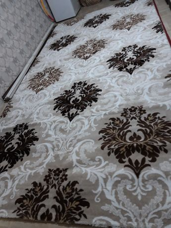 Новый даже не пользовались ковёр