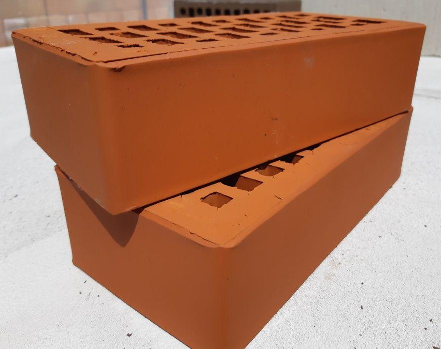 Caramida Aparenta ROSIE pentru Fatade, Garduri, Gratare (250x120x65)