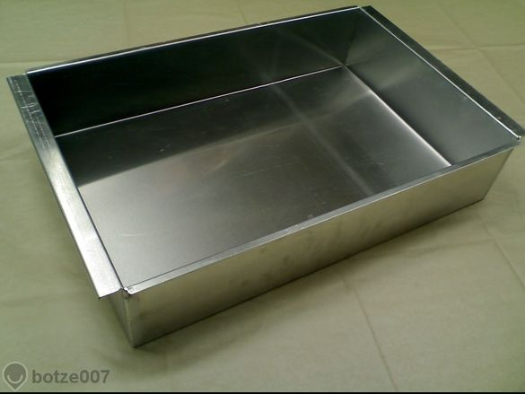 Тава алуминиева за печене на агнета,малки прасенца и ЛЮТЕНИЦА