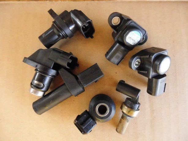 На Мерседес-mersedes датчики, заслонка, ролики-ремень ABS,SAM,PML,