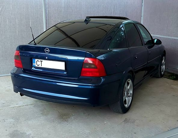Vând Opel Vectra b 1.6 benzină 2001