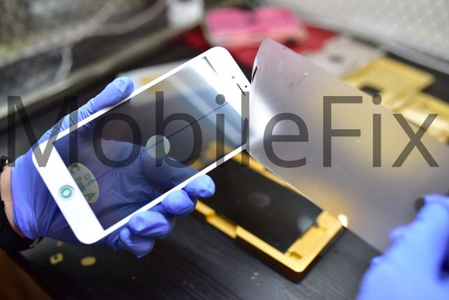 Display iPhone 8 plus - Montaj gratuit in 20 min.