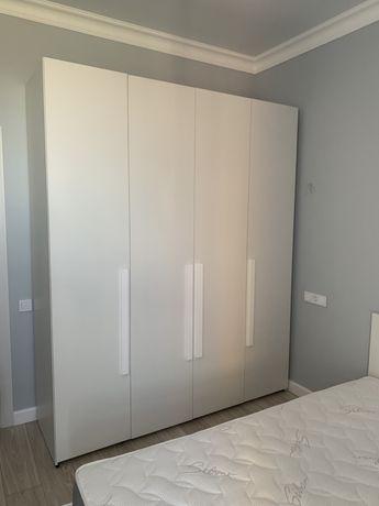 Продаю шкаф и кровать в комплекте