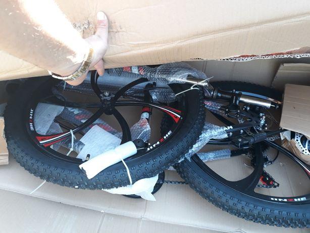 Bicicleta 3.0 cauciucuri.De munte.