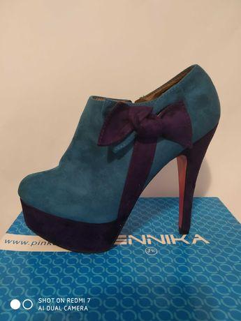 Дамски обувки на висок ток/платформа