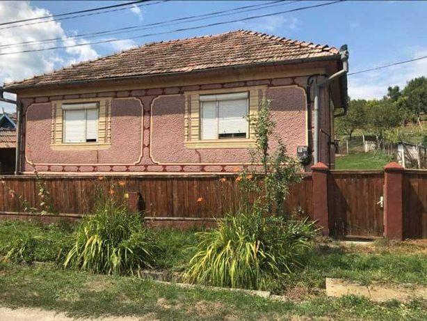 Vând casa in Enciu