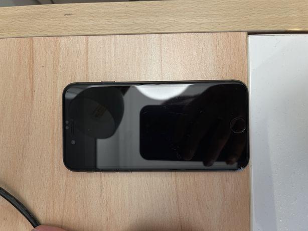 Iphone 8,64gb состояние отличное