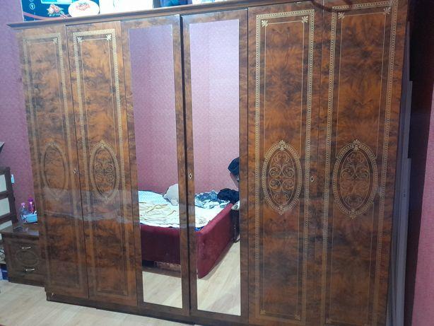 Продам спальный гарнитур за 150 тыс. Покупали за 400тыс