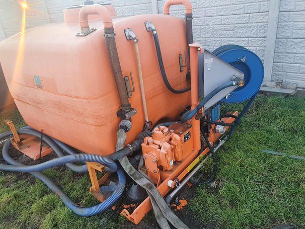 Bazin de apa cu pompa de apa ptr unimog