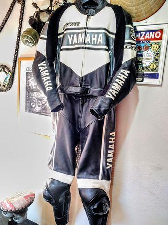 Costum moto Yamaha realizat de Dainese Alb/Negru