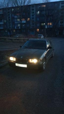 BMW 3. 1995г.  1.8