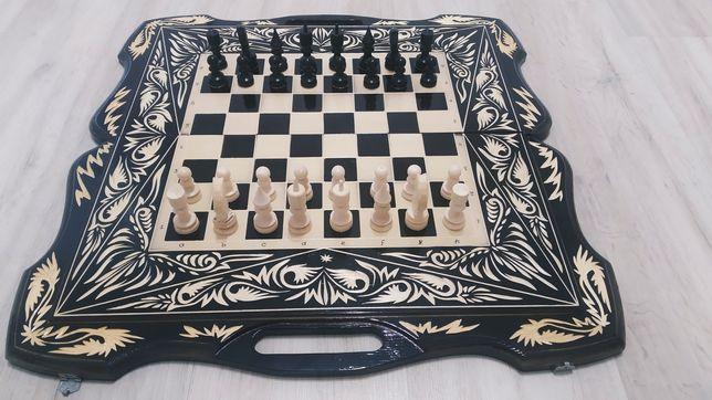 Продам шахмат, нарды и шашки 3 в одном