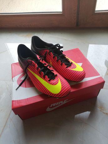 Adidasi fotbal Nike Mercurial Vapor XI FG Marimea 42