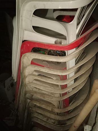 Кресла пластик для кафе б/у