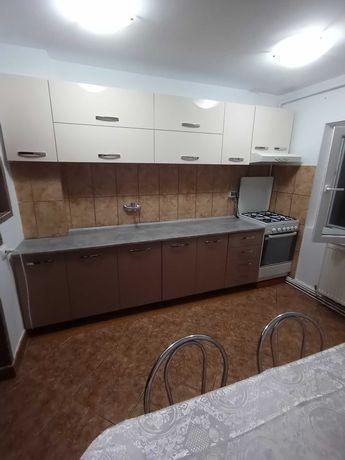 Chirie apartament micro 16 2 camere