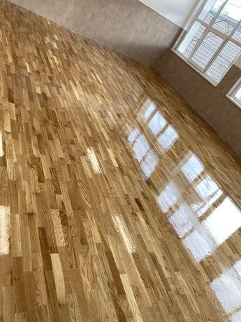 Raschetez parchet din lemn masiv, montez lemn, stratificat si laminat