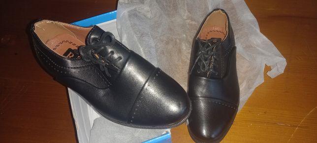 Обувь детские для школьников