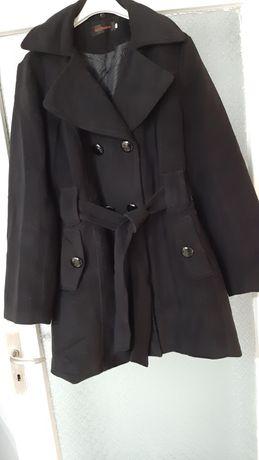 Дамско зимно палто.
