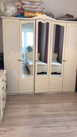 Срочно продам спальный