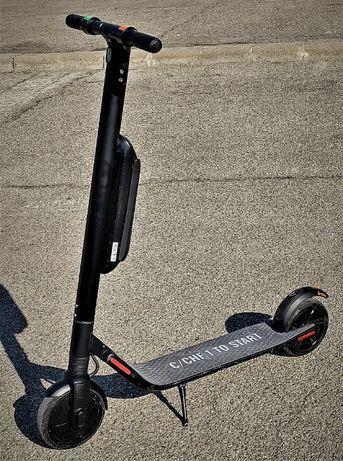Trotineta electrica Ninebot Segway Kickscooter ES2/ES4