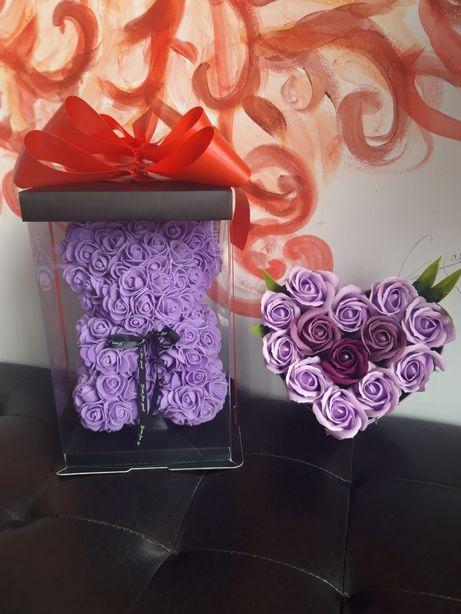 Super oferta ursulet si inima trandafiri sapun