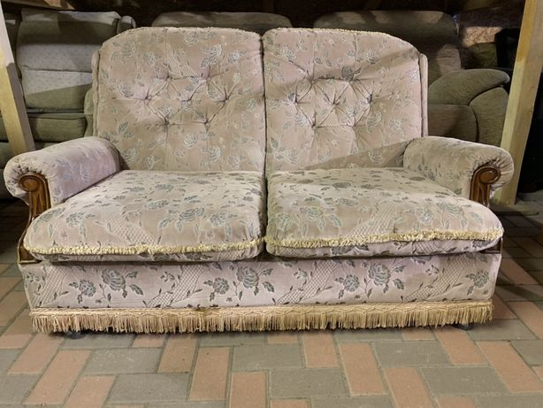 Canapea de 2 locuri