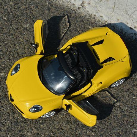 Macheta auto Alfa Romeo 4C 1.18 Autoart