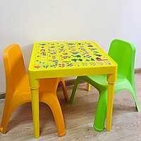 К -т детска маса АЗБУКА и две столчета
