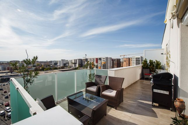 AP 3 camere Penthouse ARED Kaufland