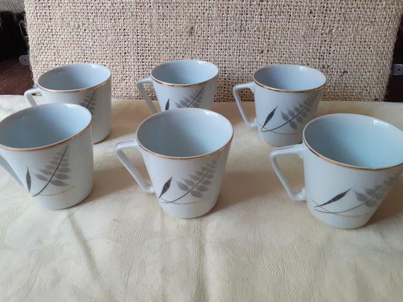 Чаши за чай на Изида от 50-те години на миналия век.