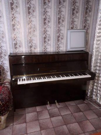 Срочно продам пианино Petrof(Караганда)