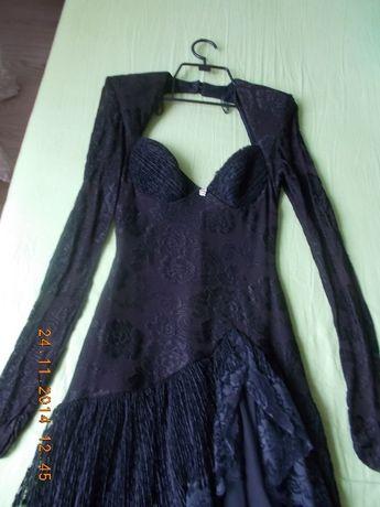 продавм бална рокля