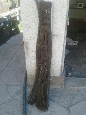 Продаются сетка  мелкая длинна 3м высота 1,5м