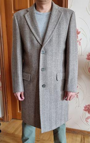 Продам мужское пальто бренда  Oratop
