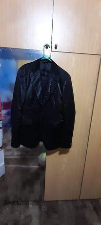 Costum barbatesc