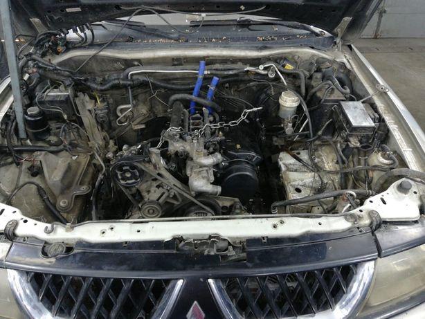 Продам б/у двигатель 6G72