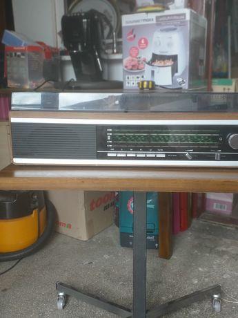Aparate de radio vechi