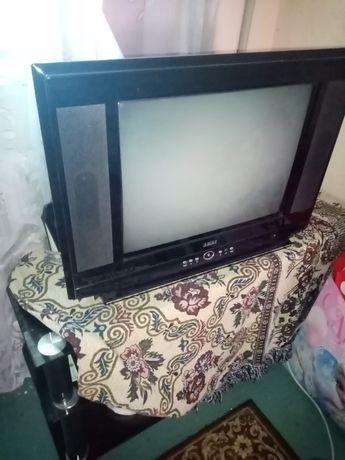 Отдам даром телевизор и стеклянную подставку