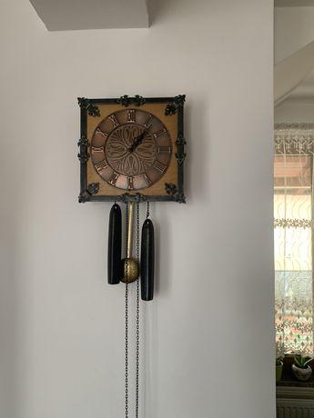 Ceas antic mecanic nemțesc. An 1982