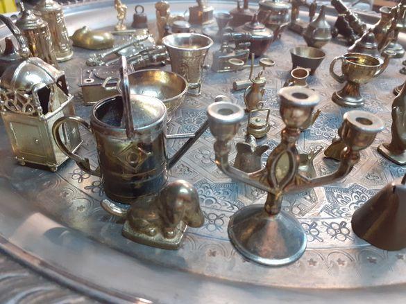 миниатюрни фигурки изработени от бронз и месинг