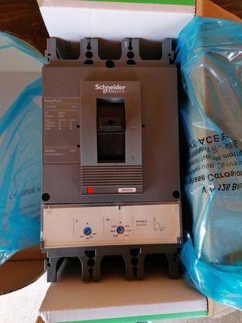 Intrerupator compact cu declansator