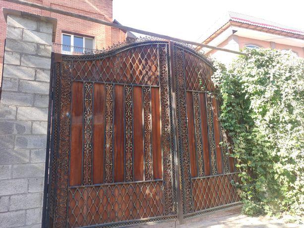 Ворота большие под рестоврацию