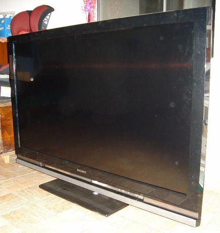 Vand TV SONY KDL-46W4000, ecran defect.
